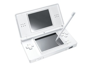 nintendo ds lite white 300x225 [Guida] Modifica Nintendo DS